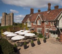 Crown-and-Castle-Woodbridge